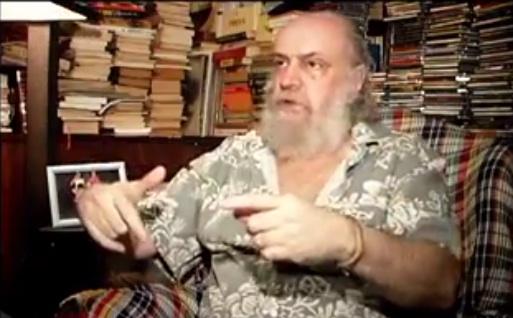 O compositor e escritor Aldir Blanc, autor de