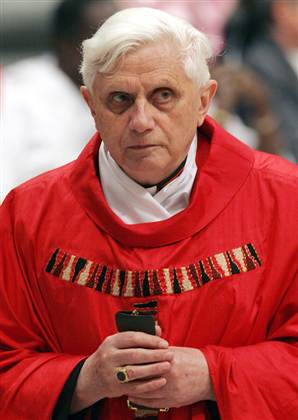 http://s1.trrsf.com/blogs/68/050413_ratzinger_vmed_10a.widec.jpg