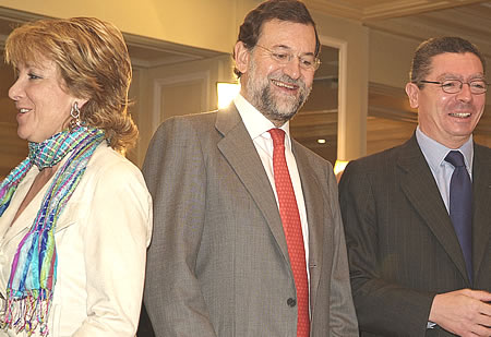 http://s1.trrsf.com/blogs/68/rajoy_aguirre_gallardon.jpg