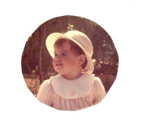 Helena sombrero.jpg